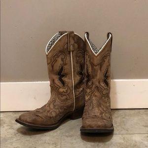 Laredo Spellbound Boots in tan